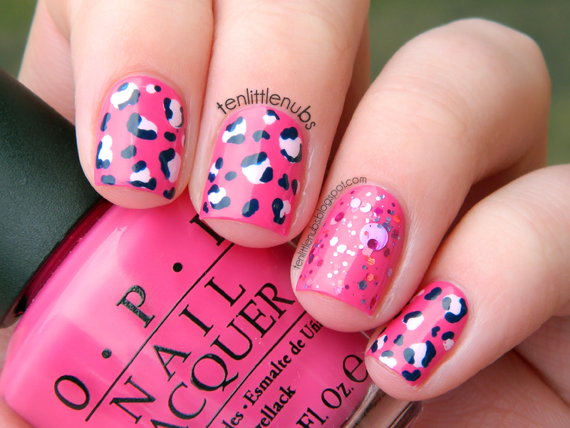 nail art leopardata rosa