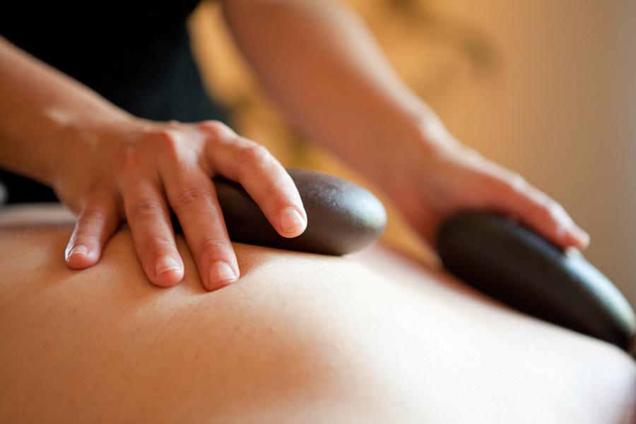Corso di massaggio Hot Stones - Accademia massaggi Sirio Aja